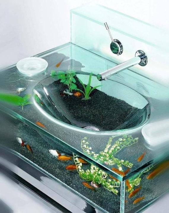 洗面台の水槽