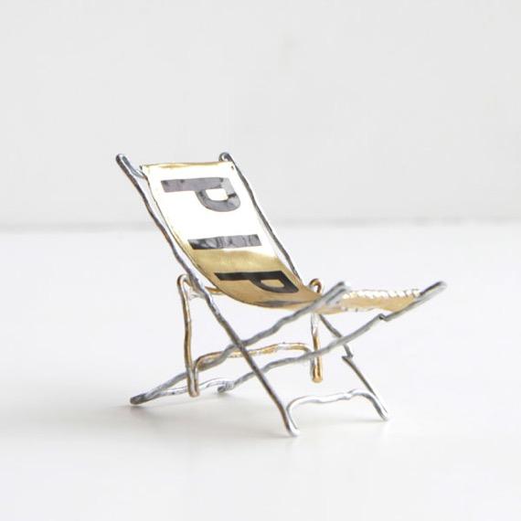 コルク椅子 8